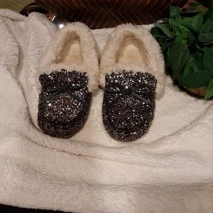 Other - Little girls glitter moccasins size 2/3